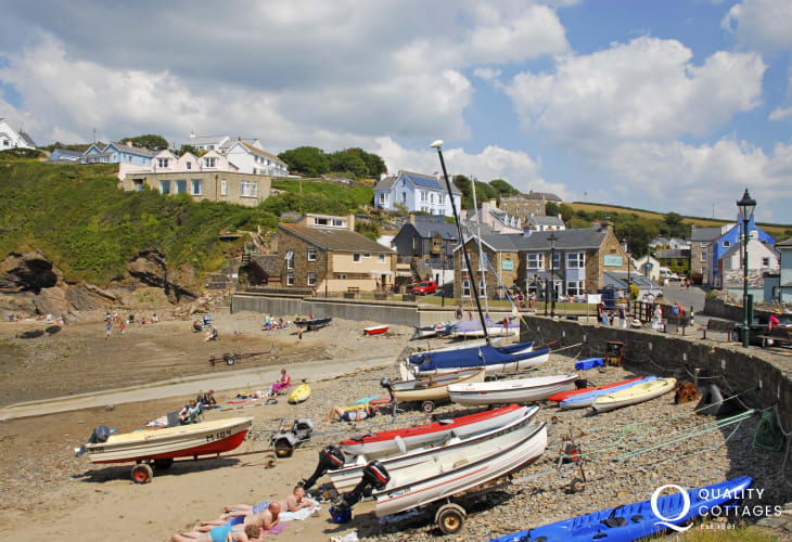 Little Haven - a picturesque seaside village within walking distance