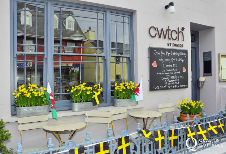 Cwtch Restaurant listed in the Good Food Guide since 2009
