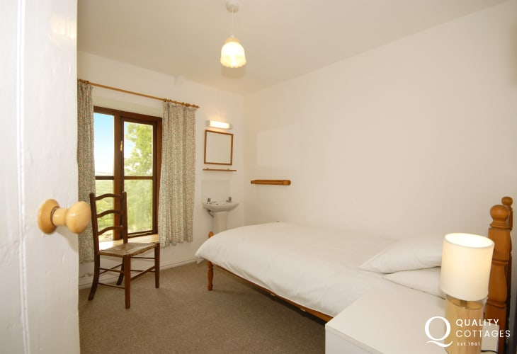Pembrokeshire holiday home near St Davids - single room