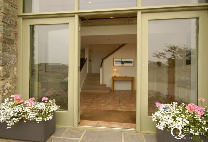 Solva modern barn conversion with glass front entrance
