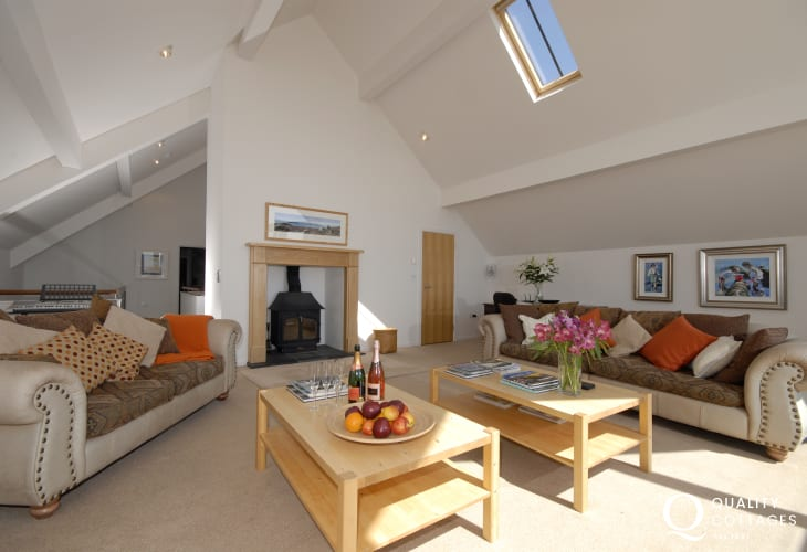 Solva holiday home spacious sitting room with Sky/video/dvd, cd/radio, electric keyboard, IPOD docking station