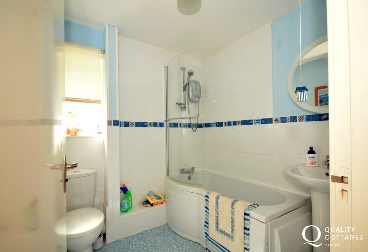 Holiday cottage Porthmadog - bathroom