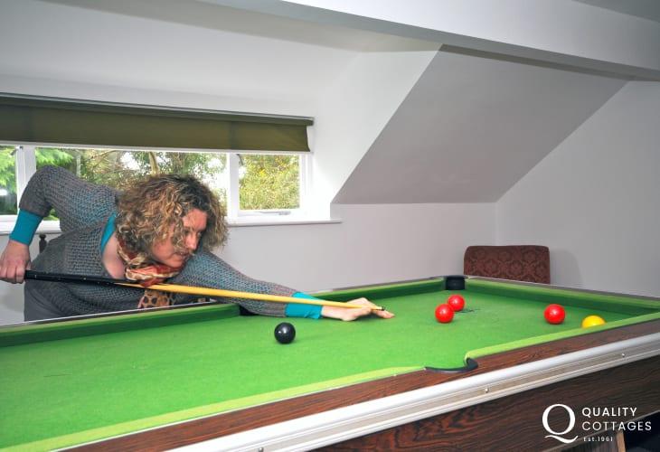 Cottage Harlech - games room