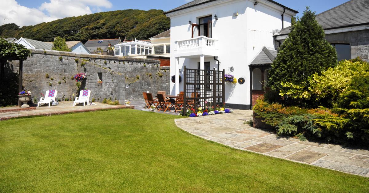 Trinity Villa Burton Ferry Holiday Cottage Quality