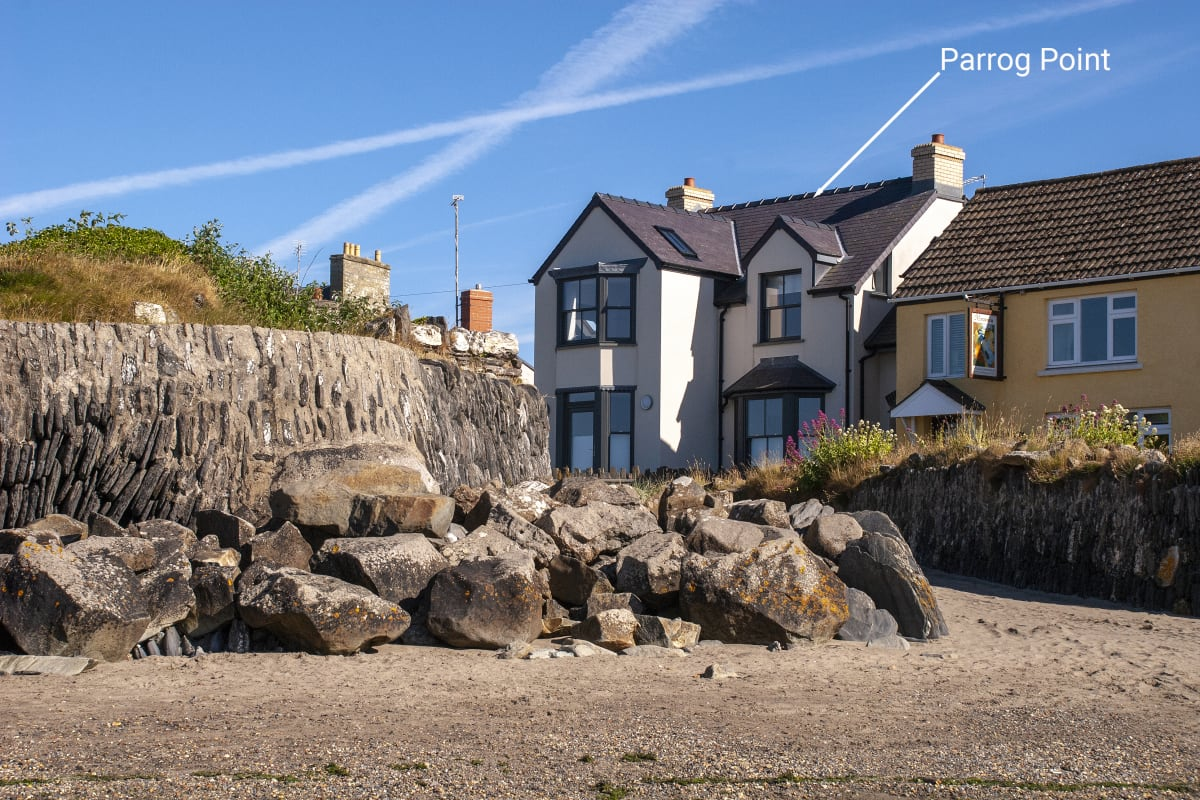 Parrog Point Holiday Cottage in Newport