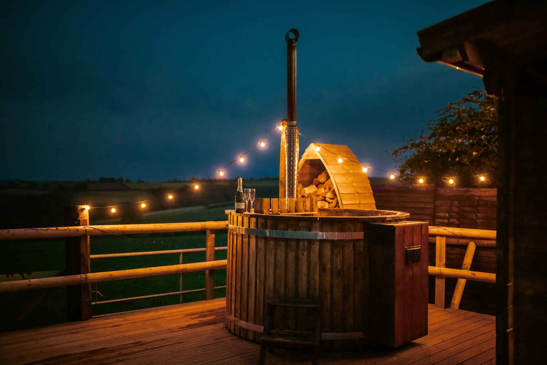 Last Minute Glamping Holidays