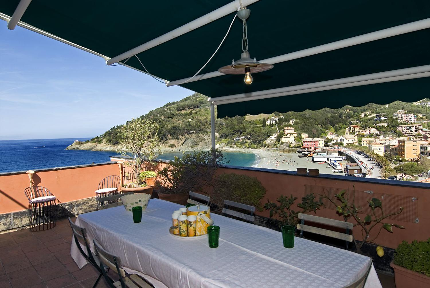 Outdoor dining sea view, Casa Di Mare, Liguria, Bonassola.