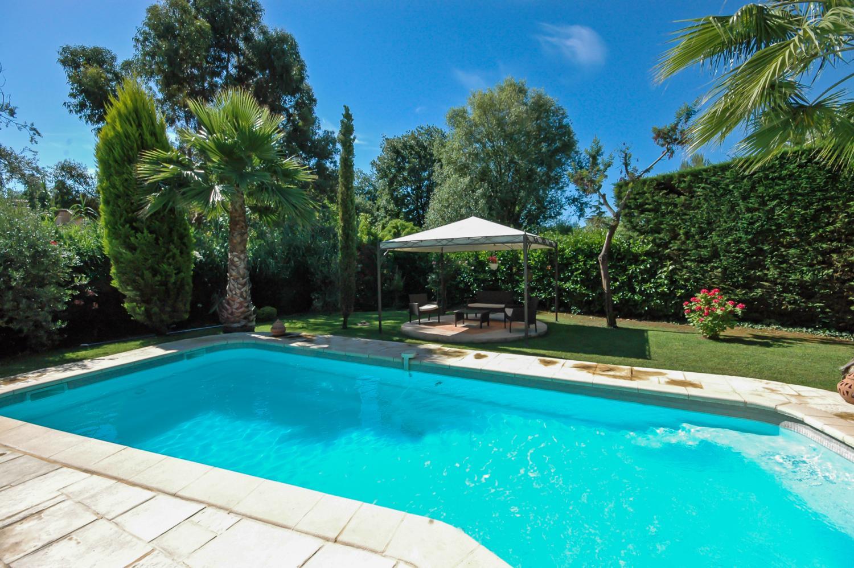 Outdoor Pool, La Ferronnerie, Antibes, Cote d'Azur.