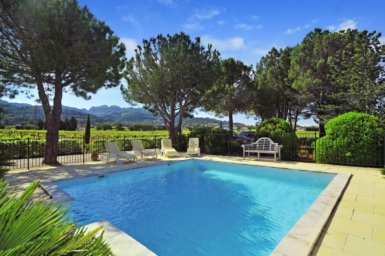Outdoor Pool 2, Gigondas Villa, Gigondas, Provence.