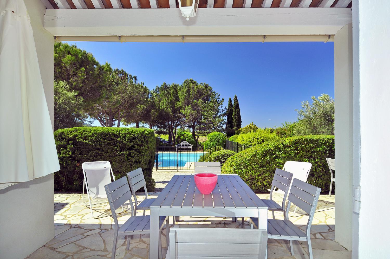 Outdoor Dining Table, Gigondas Villa, Gigondas, Provence.