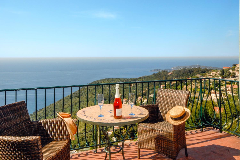 Outdoor Terrace Seating, L'Oiseau Marin, Eze-sur-mer, Cote d'Azur.