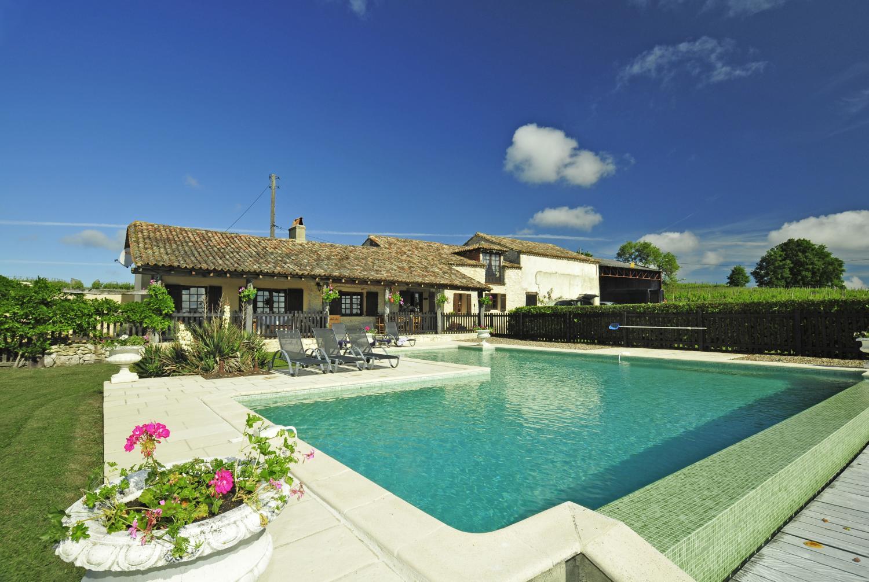 Pool 2, La Vieille Ferme, Saussignac, Dordogne.
