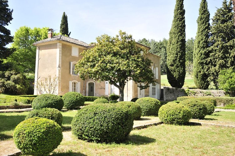 Villa Garden, Grand Luberon, Apt, Provence.