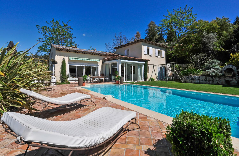 private pool villa in biot