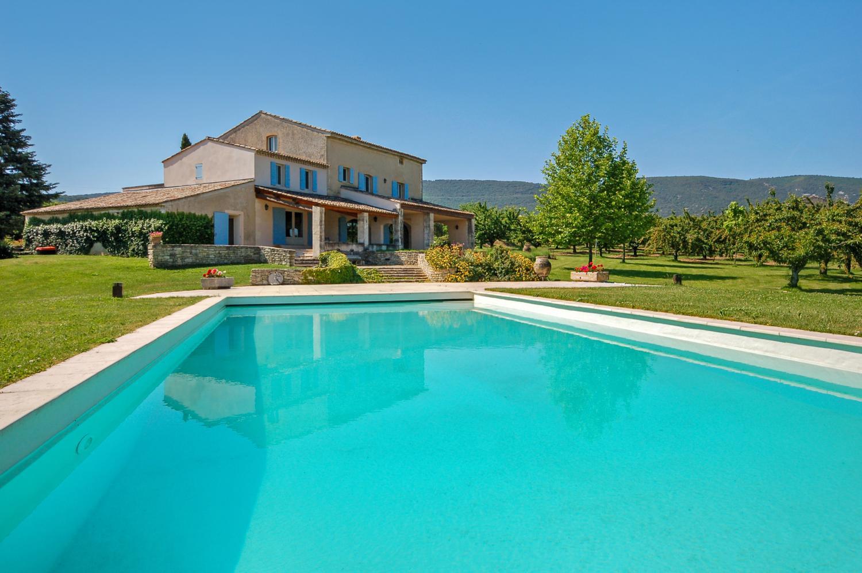 Outdoor Pool, La Gardiole, Bonnieux, Provence.
