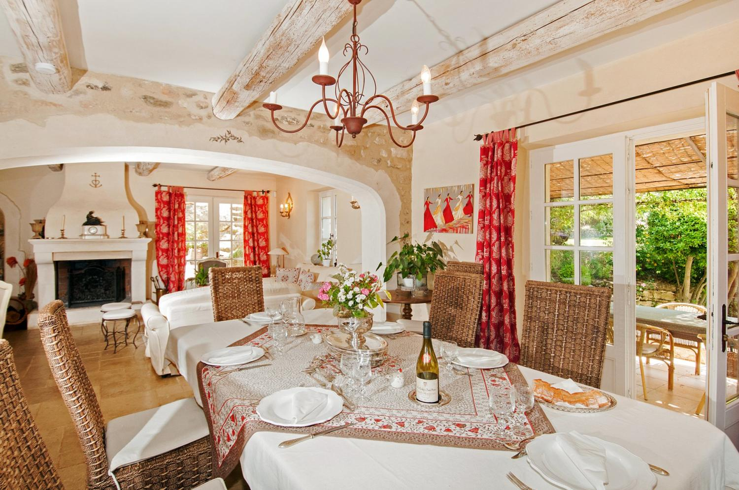Bright dining area and lounge with fireplace, Bastide St Restitut, Provence, St Restitut.