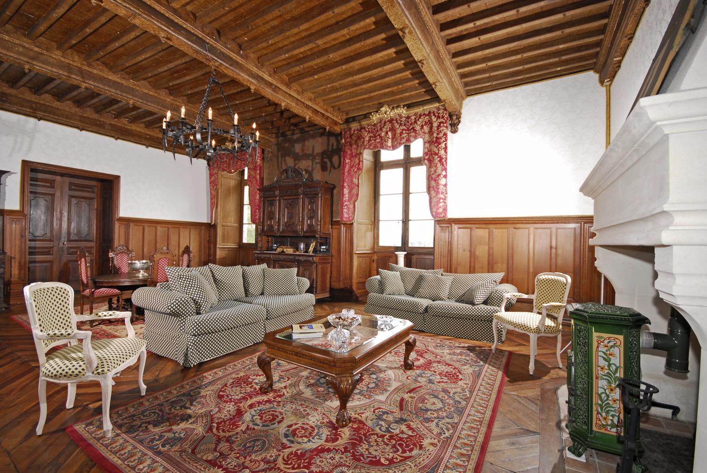 Living Room, Chateau de Siorac, Annesse et Beaulieu, Dordogne.