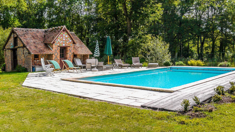Outdoor Pool, Chateau des Perdrix, Millancay, Loire.