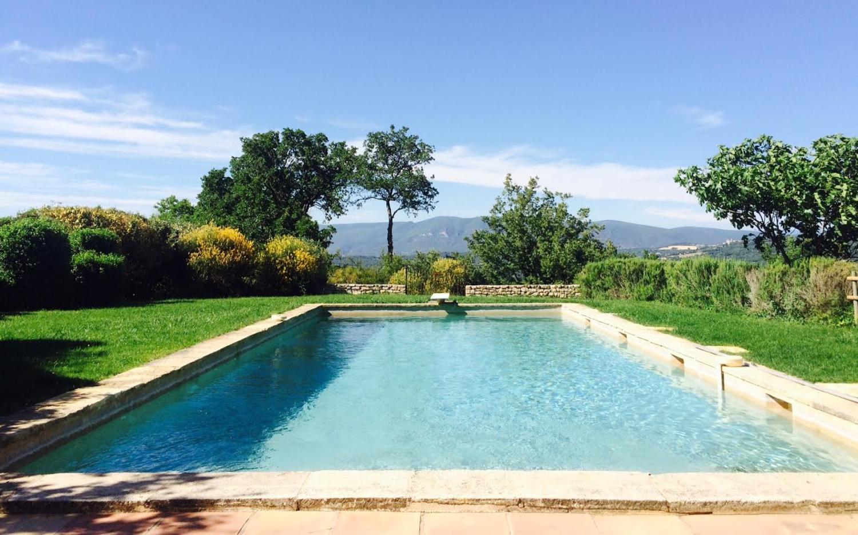 Outdoor Pool, Le Marronnier, Saignon, Provence.