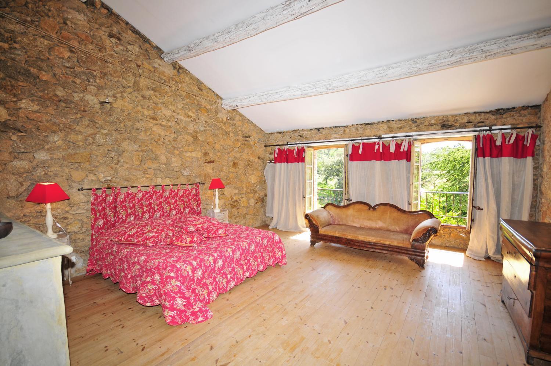 Large bedroom with pink bed, Bastide Claudine, St Tropez Var, Plan De La Tour.