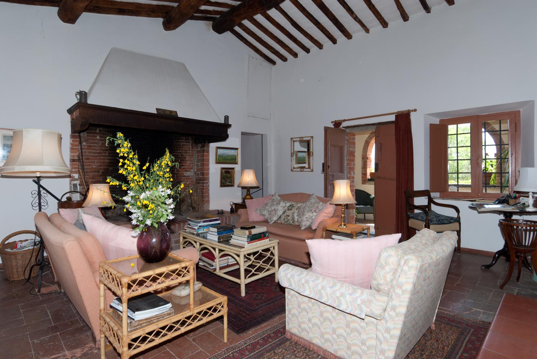 Living Room, Collina Degli Ulivi, Arezzo, Tuscany.