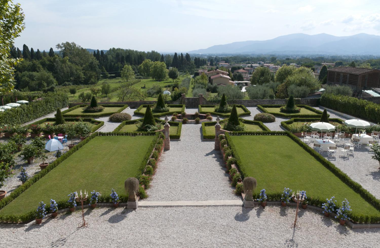 aristocratic exclusive villa near Lucca