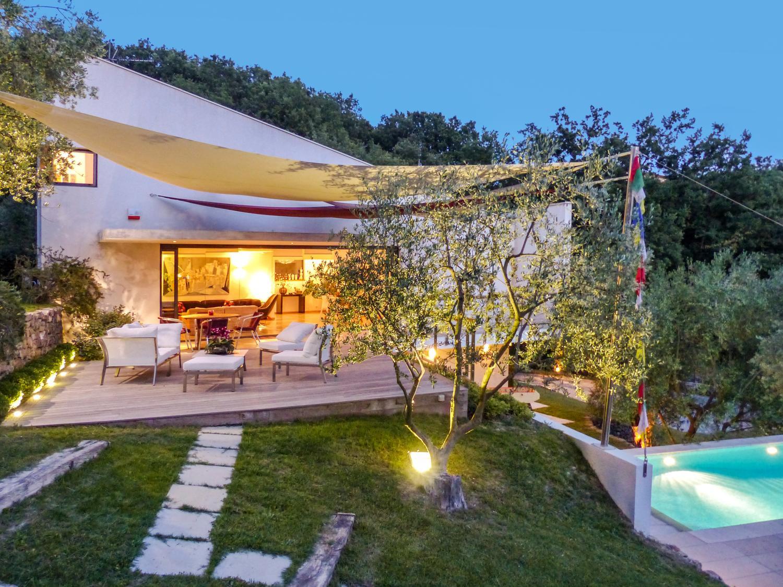Villa Exterior, Le Cerf Volant, Cote D'azur, Puglia.