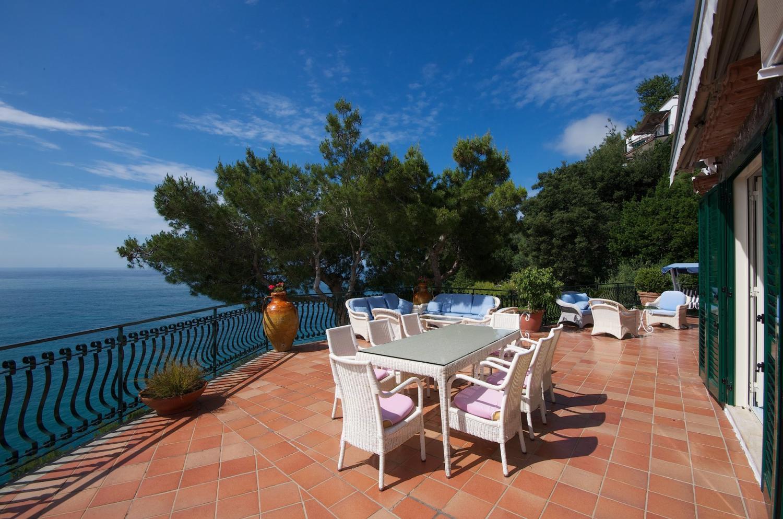 Positano exclusive villa beach