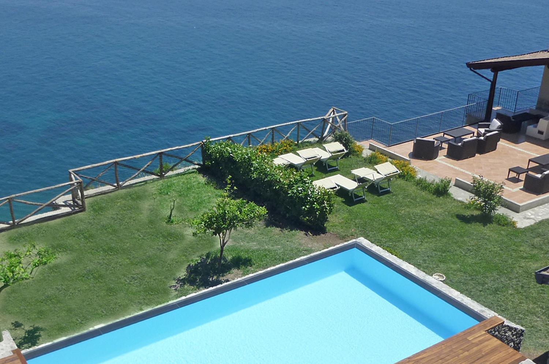 Outdoor Pool, Il Delfino, Atrani, Amalfi Coast Campania.