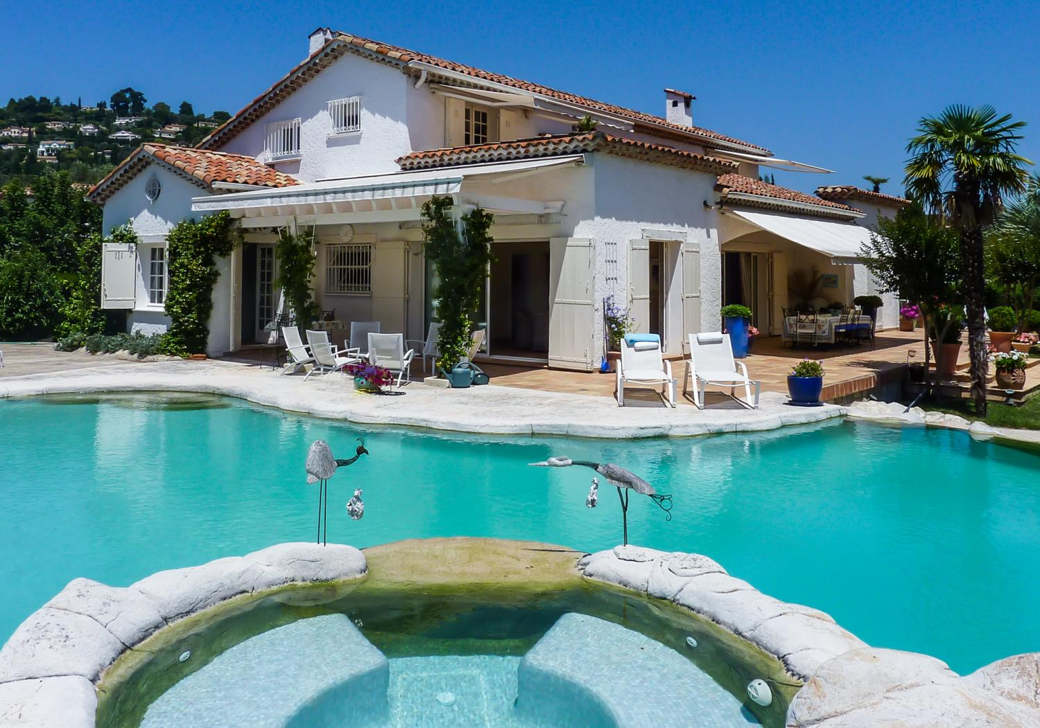 Outdoor Pool and Jacuzzi, L'Estivale, Mougins, Cote d'Azur.