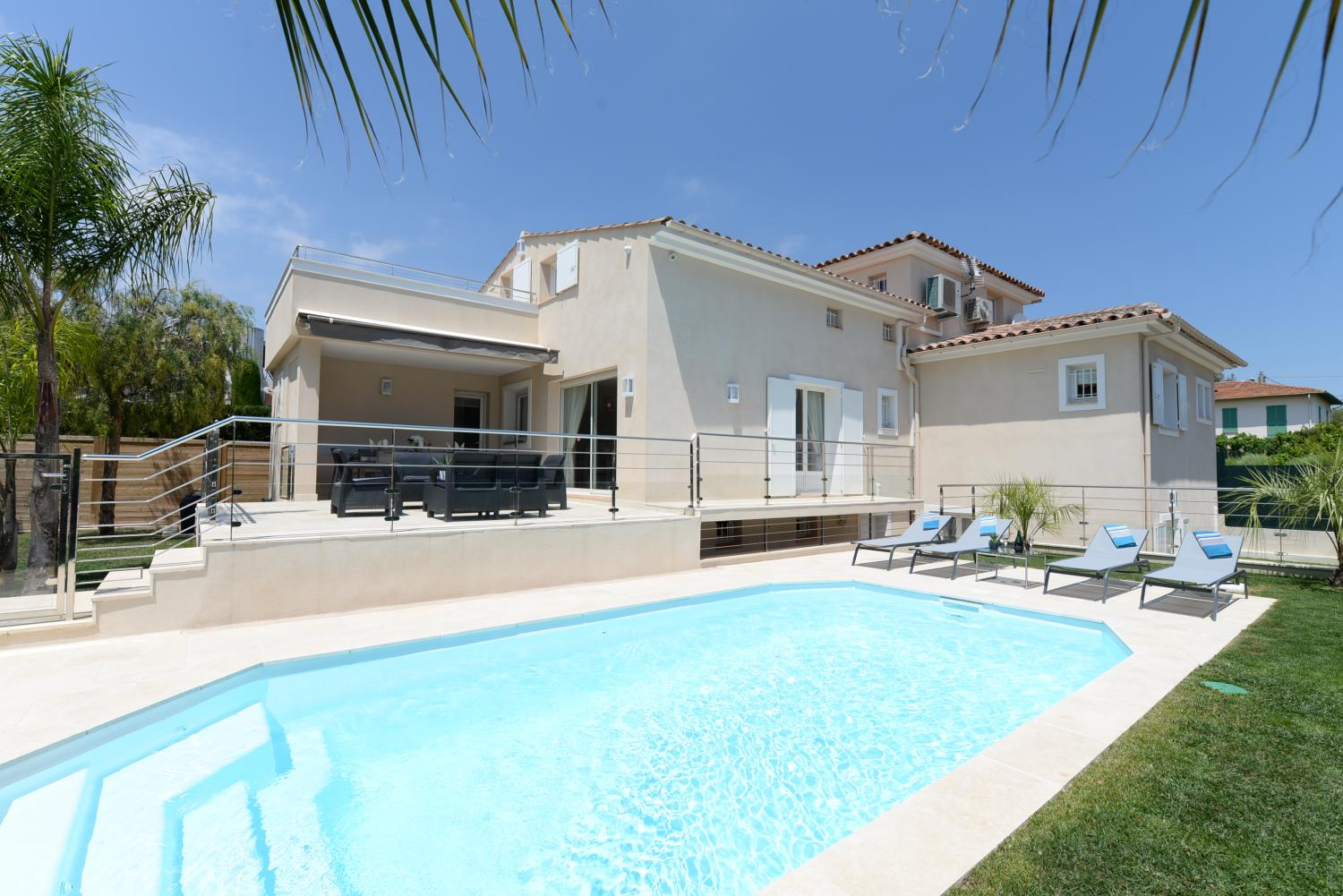 cagnes sur mer townhouse with private pool in Cagnes sur Mer