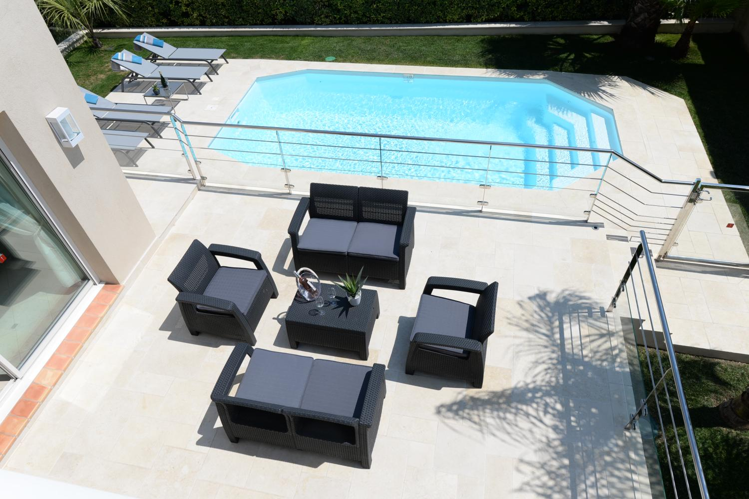 heated pool townhouse on the cote d'azur