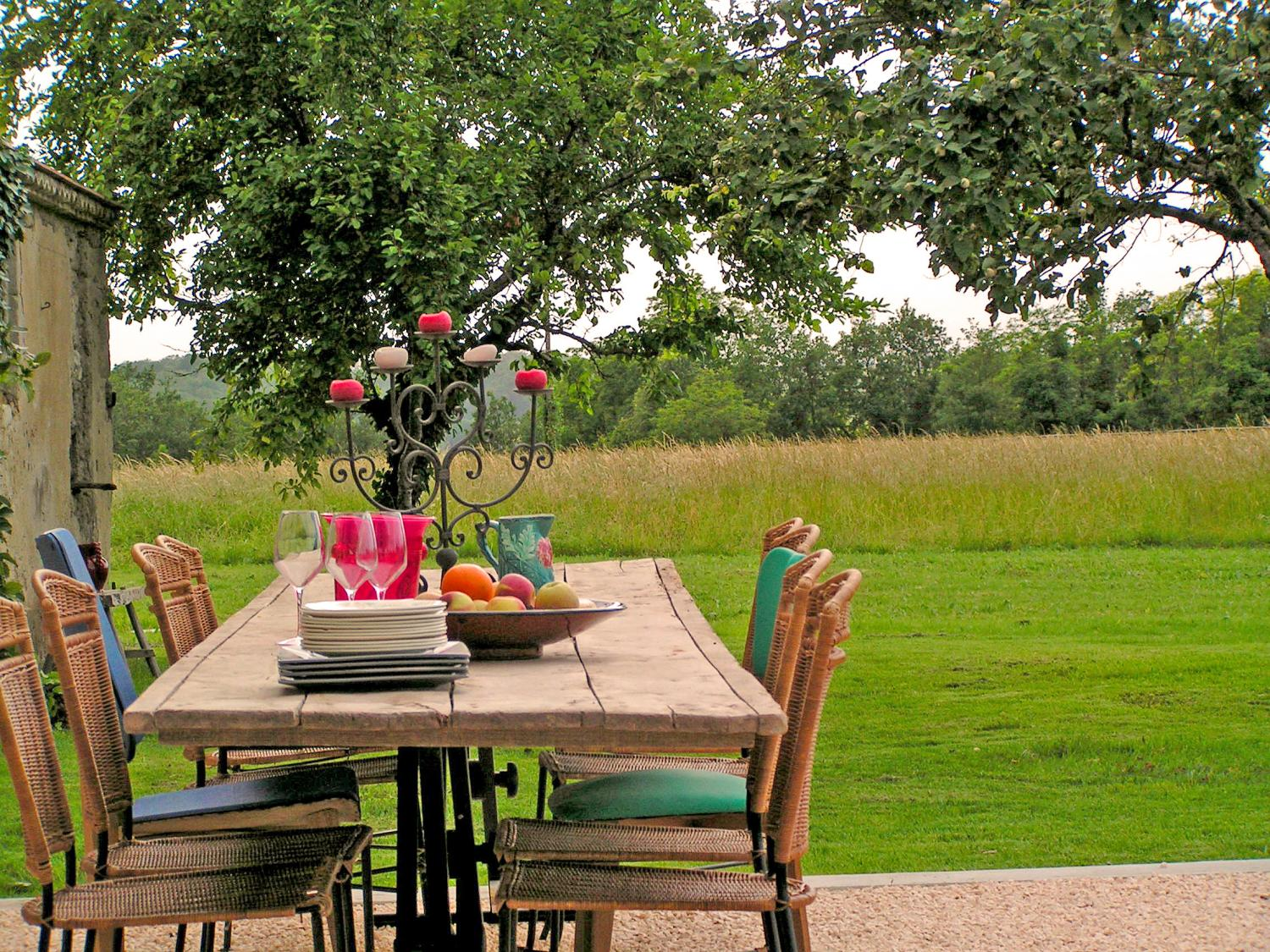 Outdoor Dining Table, La Champetre, Duras, South West France.
