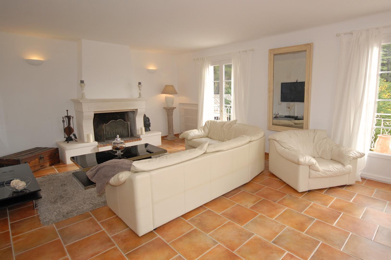 Luberon vacation family villa Provence