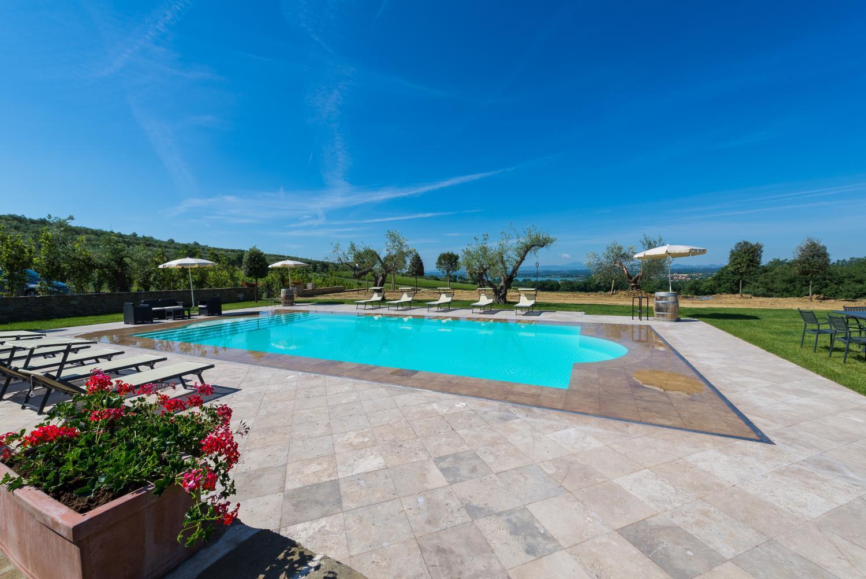 lake villa italy