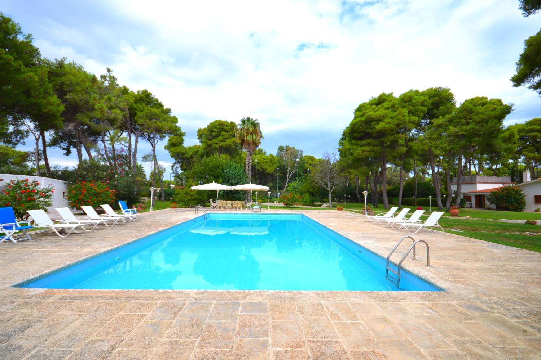 Pool Apulian villa seaside luxury