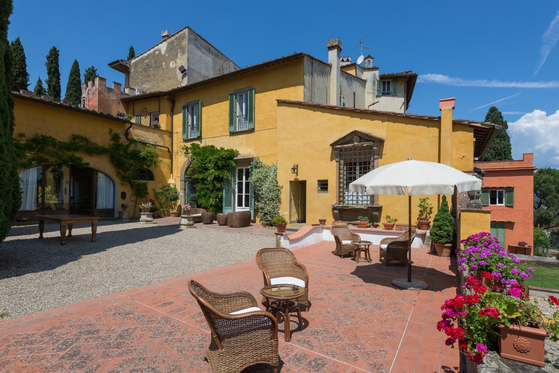 pool vacation villa rental Florence