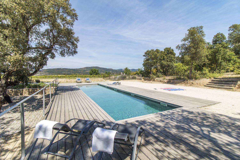 contemporary luxury villa with pool Plan de la Tour