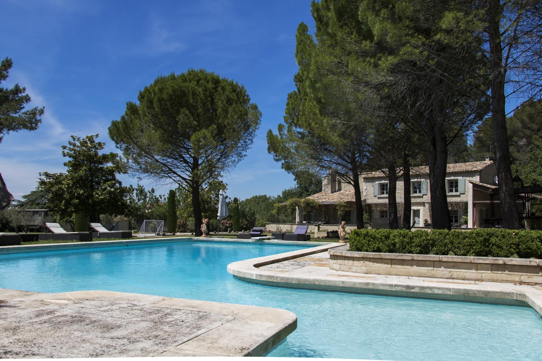 Multiple family pool, Bastide Helene, Provence, St Remy-de-Provence.