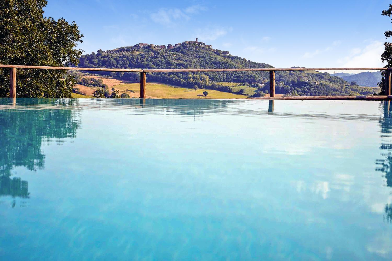Outdoor pool 2, Casa Benazzone, Umbria, Perugia.