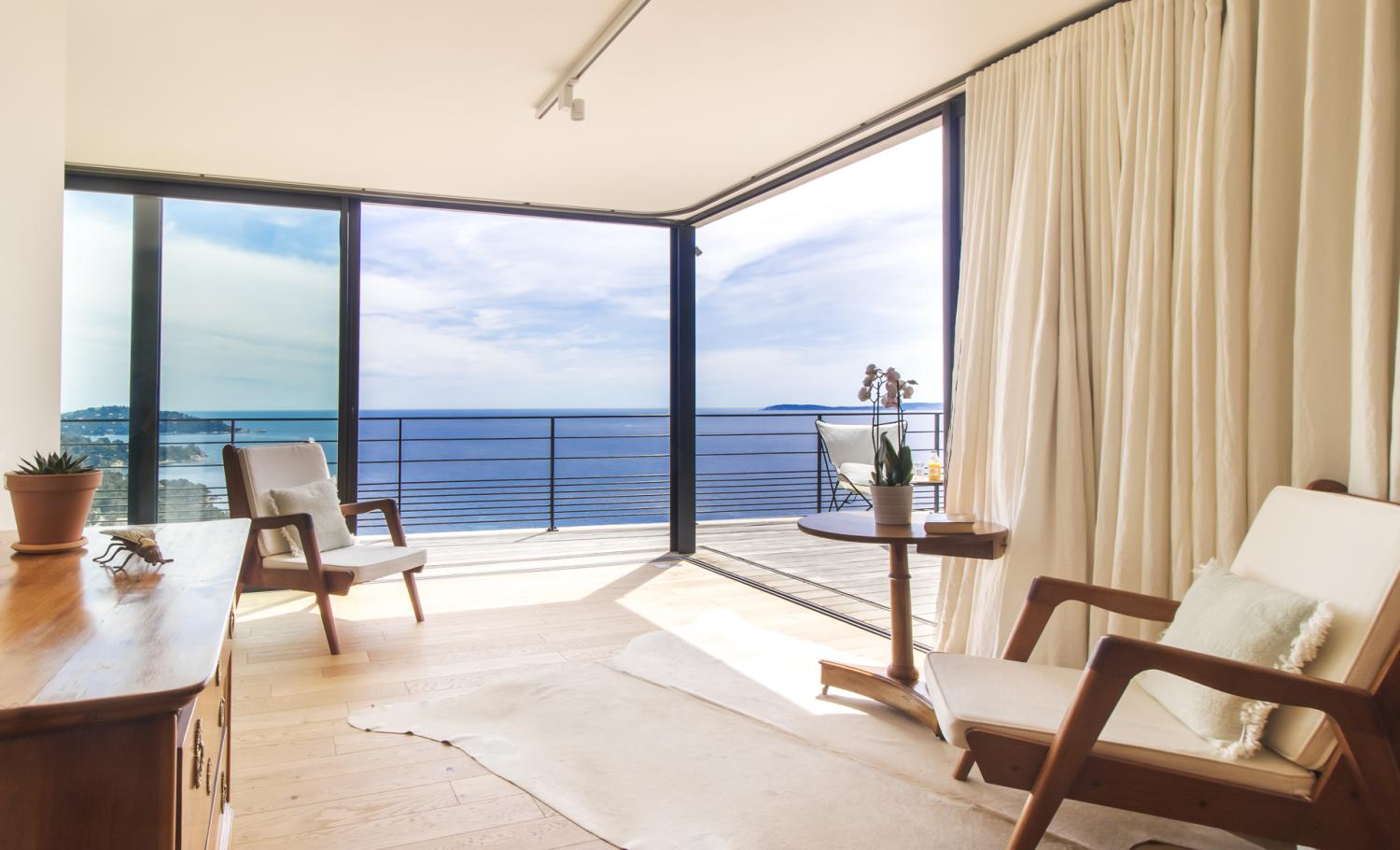 Calming lounge with sea view, Aigue Marine, St Tropez Var, Cavaliere.