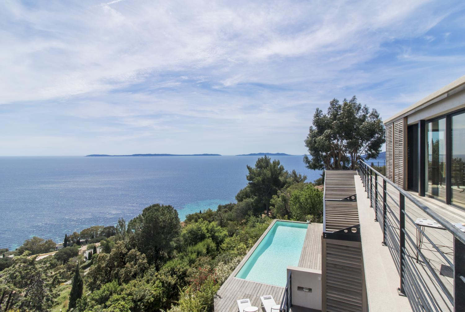 Balcony and outdoor pool with sea view, Aigue Marine, St Tropez Var, Cavaliere.