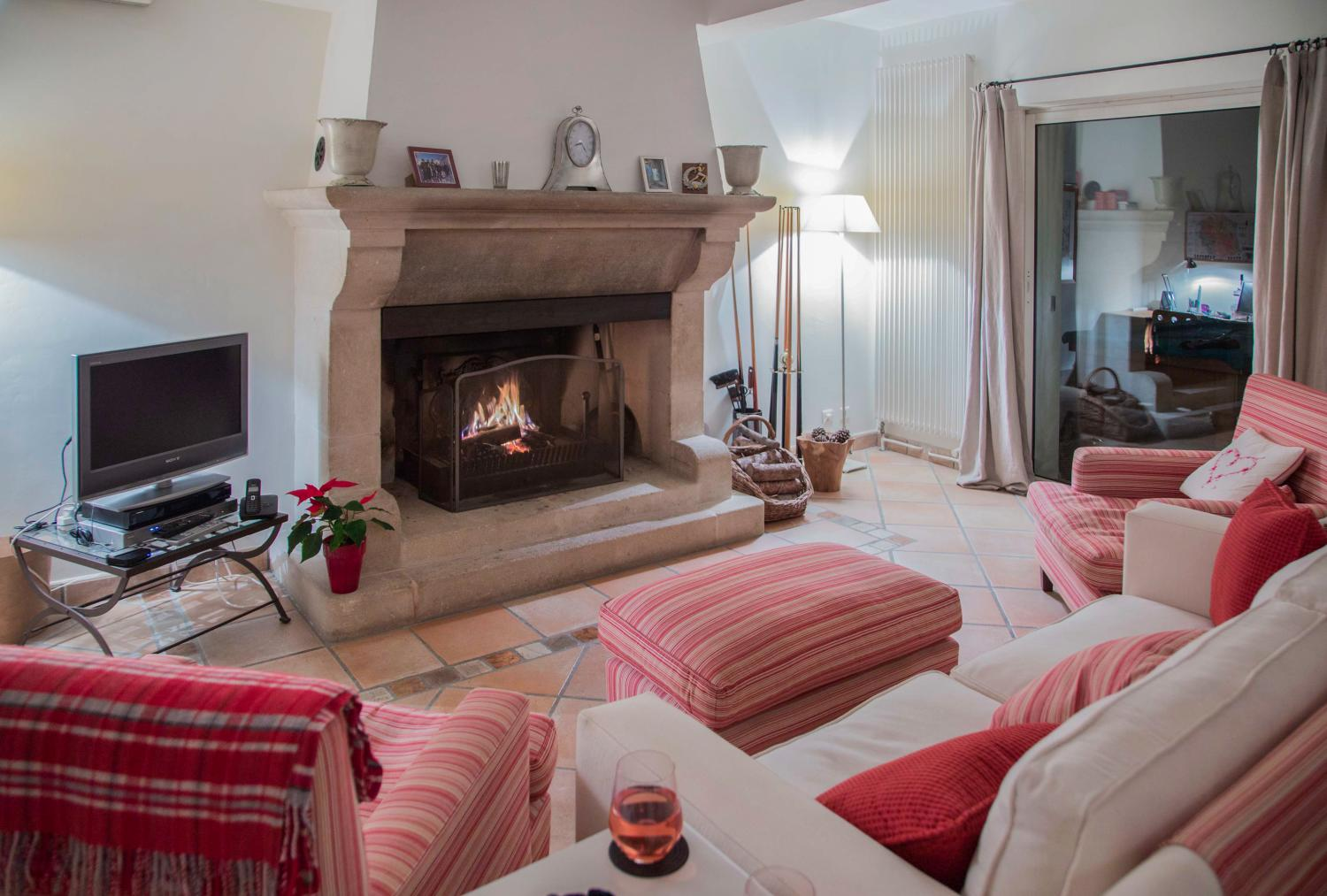 Living room with Fireplace, Douceur Provencale, Avignon, Provence.