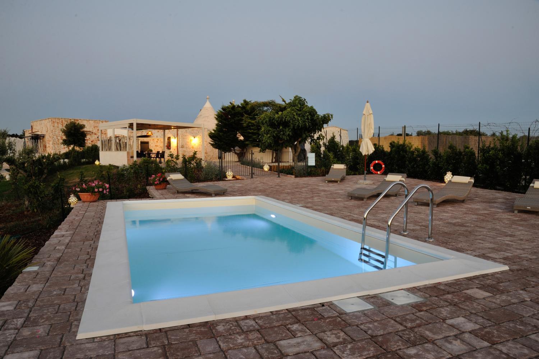 Trullo with pool near Martina Franca