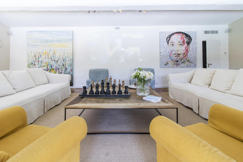 Family lounge, Belle de Gassin, St Tropez Var, Gassin.