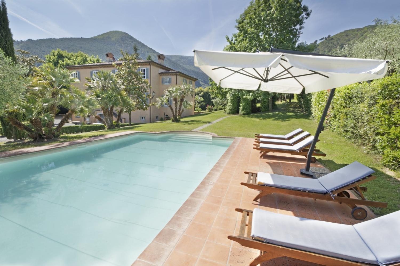 Villa Vorno Tuscany swimming pool