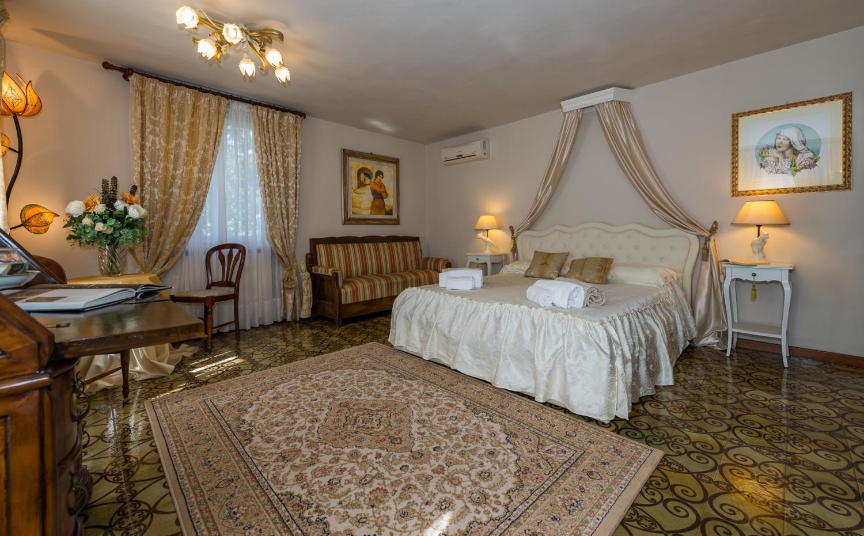 master bedroom, vallechiara, Tuscany, Vorno