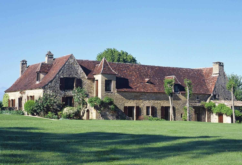 exterior of house Baronesse de Sarlat, Dordogne, Sarlat en caeda