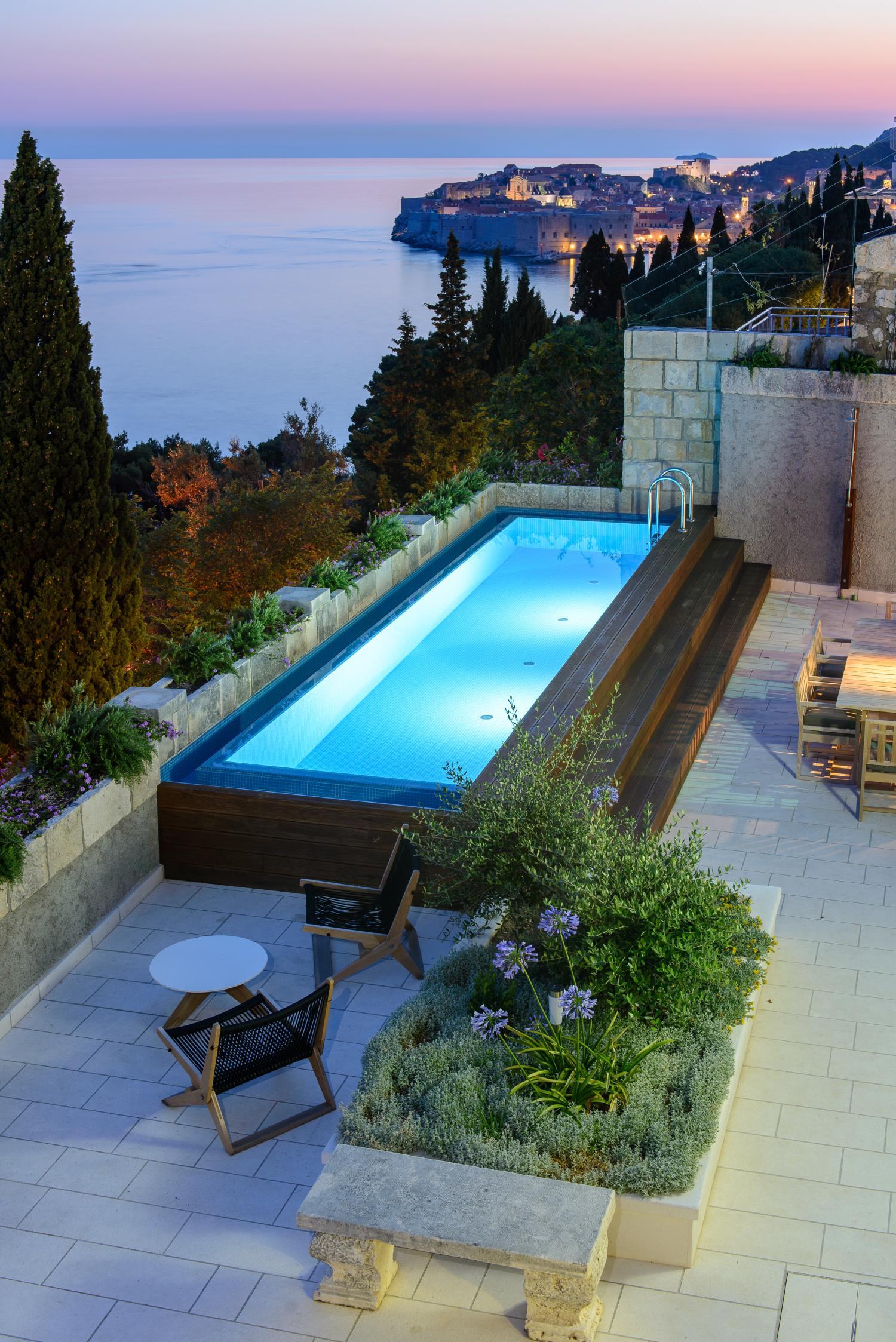 Croatia, Dubrovnik Riviera, Dubrovnik, villa Lucija, pool and views