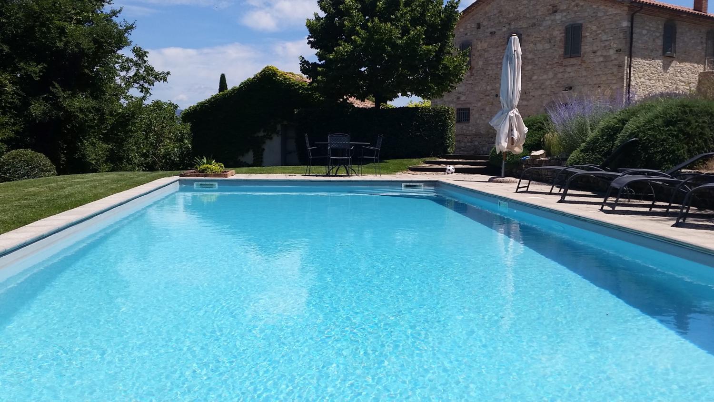 pool, Il Sismano, Avigliano, nr Todi, Umbria